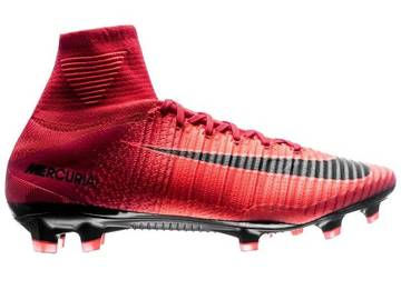 Бутсы Nike Mercurial Superfly V FG Fire - University Red/Black 831940-616