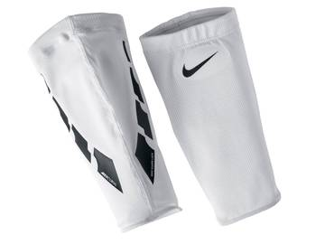 Чулок Nike Guard Lock Elite Sleeves SE0173-103